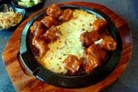 Sườn nướng phô mai kiểu Hàn Quốc: Món ăn siêu ngon và không thể bỏ qua vào ngày trời lạnh