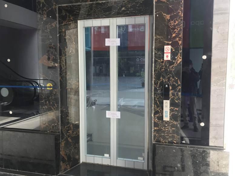 """Vụ người đàn ông rơi từ tầng 2 thang máy chung cư xuống đất ở Hà Nội: Thang do chủ đầu tư lắp đặt thêm, sai thiết kế và vận hành chui""""-5"""