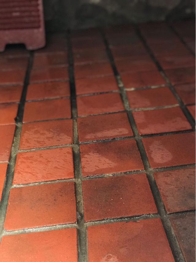 Mùa dọn dẹp cuối năm, hãy nhớ mẹo nhỏ này để tiết kiệm một nửa công sức, mối nối của gạch hay vết móc dính trên tường xử lý quá đơn giản-1