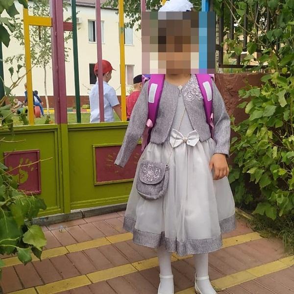 Dì ruột đưa cháu gái đến bệnh viện khám bệnh, bác sĩ thông báo phải cắt cụt tay và gọi cảnh sát, hé lộ chân tướng tàn độc-6