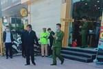 Đã bắt được tên cướp đâm gục bảo vệ cửa hàng Thế giới di động, lấy đi hơn 10 chiếc điện thoại ở Bắc Ninh-3