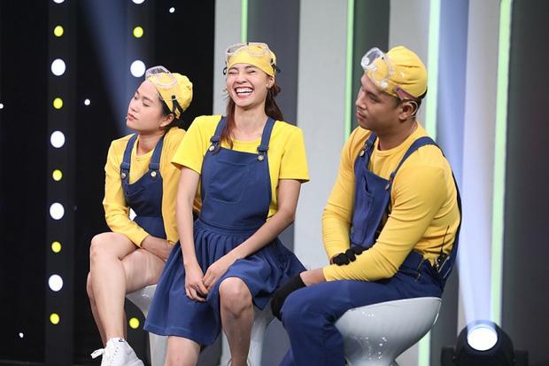Netizen tiếp tục đòi tẩy chay Ninh Dương Lan Ngọc trong show 7 Nụ Cười Xuân-2