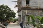 Sập giàn giáo công trình đang xây dựng làm 2 người chết, 1 người nguy kịch-2