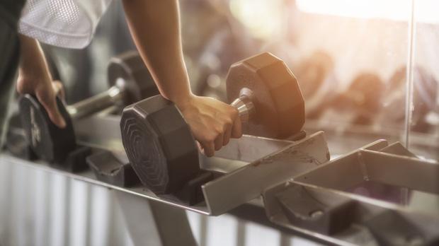 Cố NS Chí Tài đột quỵ khi đang tập luyện: chuyên gia tim mạch cảnh báo việc vận động quá sức có thể gây tai biến, tử vong cao-5