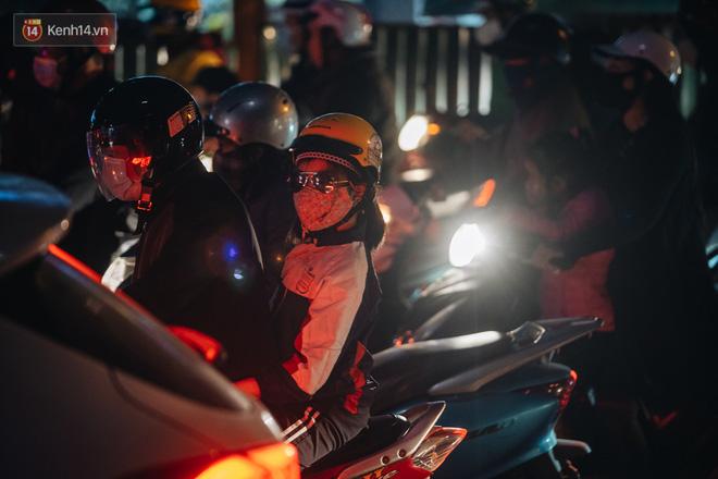 Chuyện ở Hà Nội: Ùn tắc không mất đi, nó chỉ chuyển từ đường này sang đường khác!-10