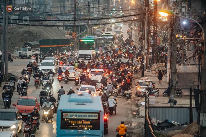 Chuyện ở Hà Nội: Ùn tắc không mất đi, nó chỉ chuyển từ đường này sang đường khác!-6