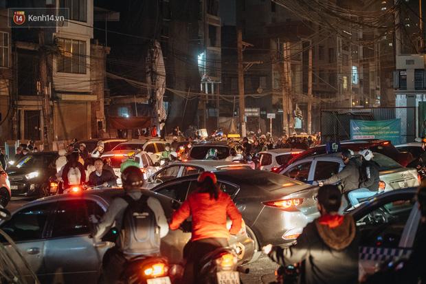 Chuyện ở Hà Nội: Ùn tắc không mất đi, nó chỉ chuyển từ đường này sang đường khác!-8