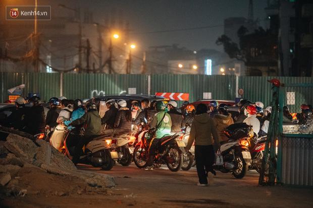 Chuyện ở Hà Nội: Ùn tắc không mất đi, nó chỉ chuyển từ đường này sang đường khác!-15