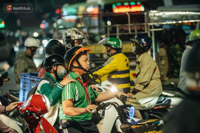 Chuyện ở Hà Nội: Ùn tắc không mất đi, nó chỉ chuyển từ đường này sang đường khác!-20