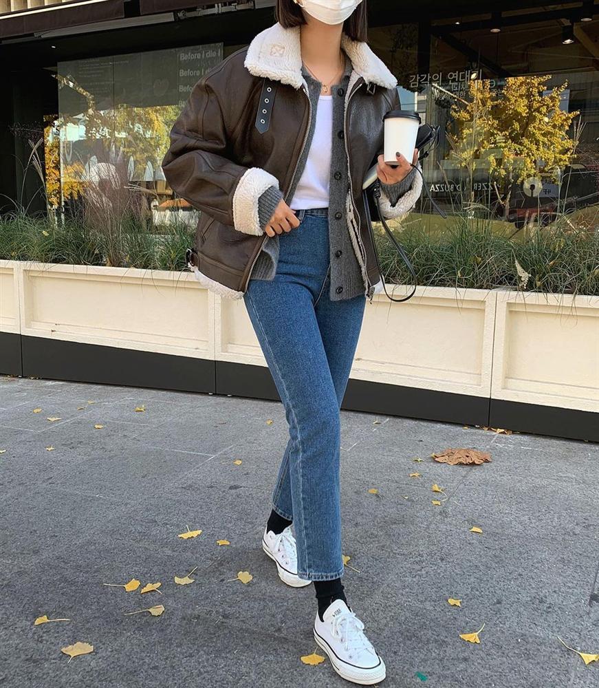 Những outfit sành điệu 100 điểm thường có 5 items này, bạn mau sắm bằng hết để style lên như diều gặp gió-11