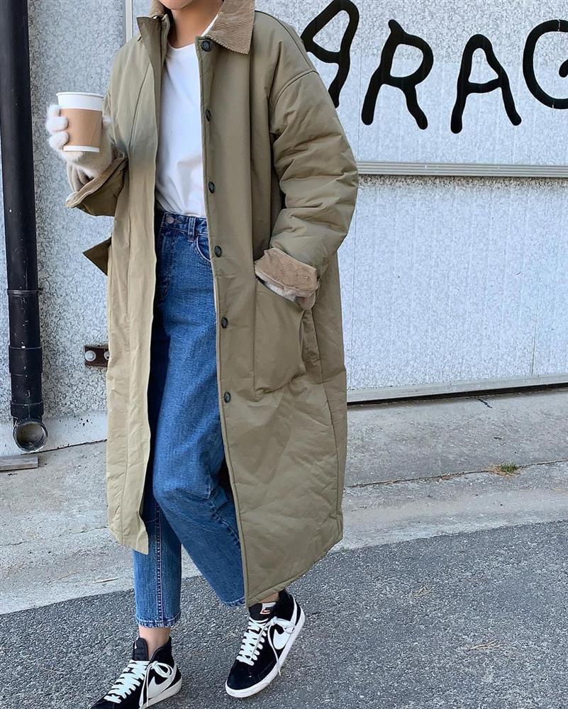 Những outfit sành điệu 100 điểm thường có 5 items này, bạn mau sắm bằng hết để style lên như diều gặp gió-12