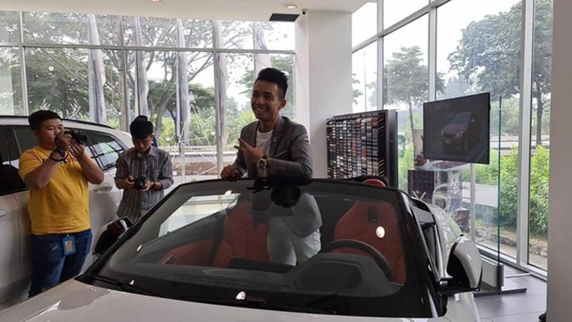Một người tiết lộ cách đại gia Minh Nhựa đi mua một lúc 3 chiếc xe ô tô hạng sang bằng cách nở nụ cười nhẹ như lông hồng, đẳng cấp đại gia chính là đây!?-2