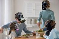 Để giảm thiểu ô nhiễm không khí trong nhà vào mùa đông, bạn cần vứt ngay những thứ cực độc luôn 'vô tư' tồn tại mỗi ngày