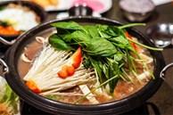 Ăn lẩu mùa lạnh nên tránh kết hợp với 5 loại rau này vì có thể hại tiêu hóa, gây ngộ độc, tổn thương cơ thể