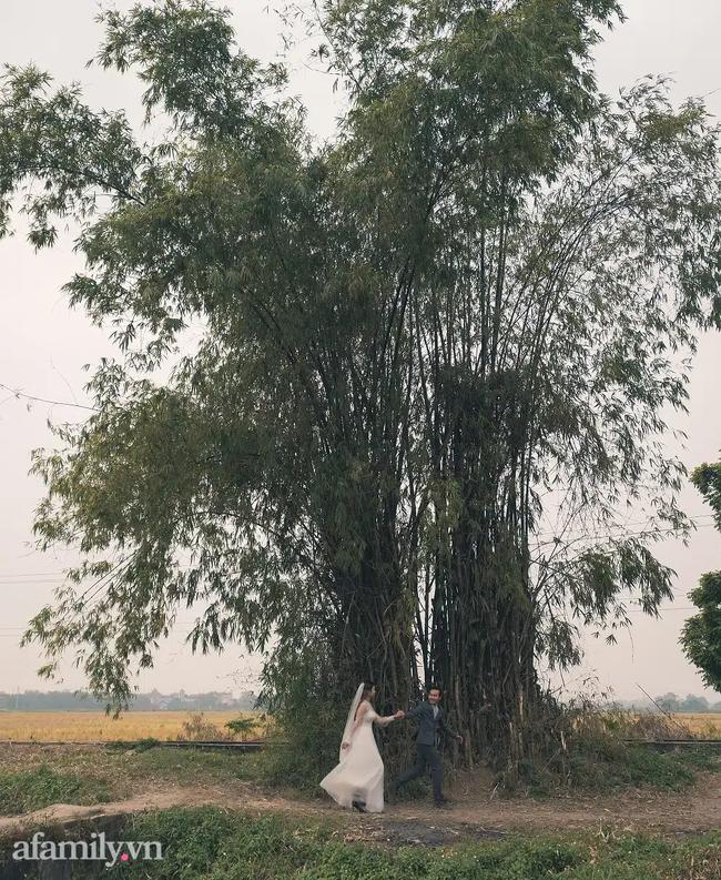 Bộ ảnh cưới kì dị ở nghĩa trang gây tranh cãi MXH: Hóa ra lại liên quan đến câu chuyện thật của nhân vật chính, nhan sắc cô dâu quá bất ngờ-15