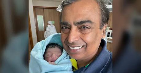 Vừa sinh ra đã là cậu bé vàng nhưng cháu trai đầu tiên của tỷ phú giàu nhất châu Á không phải có cuộc sống như mơ và đây là lý do-1