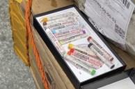 Bỏ 61 triệu đồng mua iPhone 12 Pro Max, nhận được bút chì màu