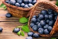 '2 rau 2 quả' là thuốc bổ mắt tự nhiên, vừa rẻ tiền vừa đem lại lợi ích lớn cho sức khỏe, ai cũng nên ăn