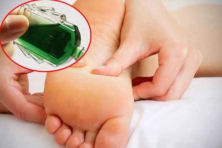 Đêm nào cũng nhỏ vài giọt dầu gió vào lòng bàn chân, các cơ quan trong cơ thể bạn sẽ được bảo vệ, tốt không kém