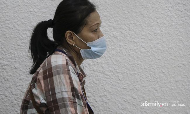 Nước mắt người ở lại trong vụ chồng cuồng ghen giết vợ và con trai 2 tuổi ở Hà Nội: Sao nó lại nỡ lòng sát hại cả đứa con ruột của mình-5