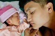 Mạc Văn Khoa công khai cận mặt con gái đầu lòng nặng 1,9kg vì sinh non, lần đầu hé lộ tên thật của bé