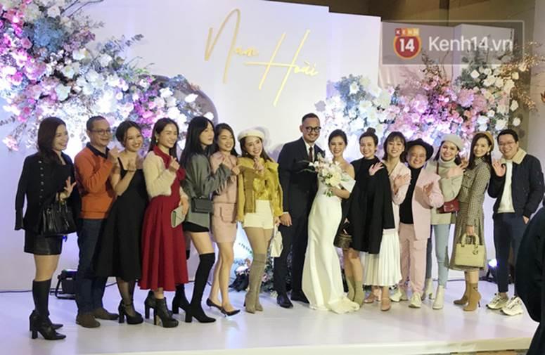 Bức ảnh quy tụ dàn cựu hot girl Hà thành trong đám cưới MC Thu Hoài, các cháu 2k khó đọ được bầu trời nhan sắc ấy-3