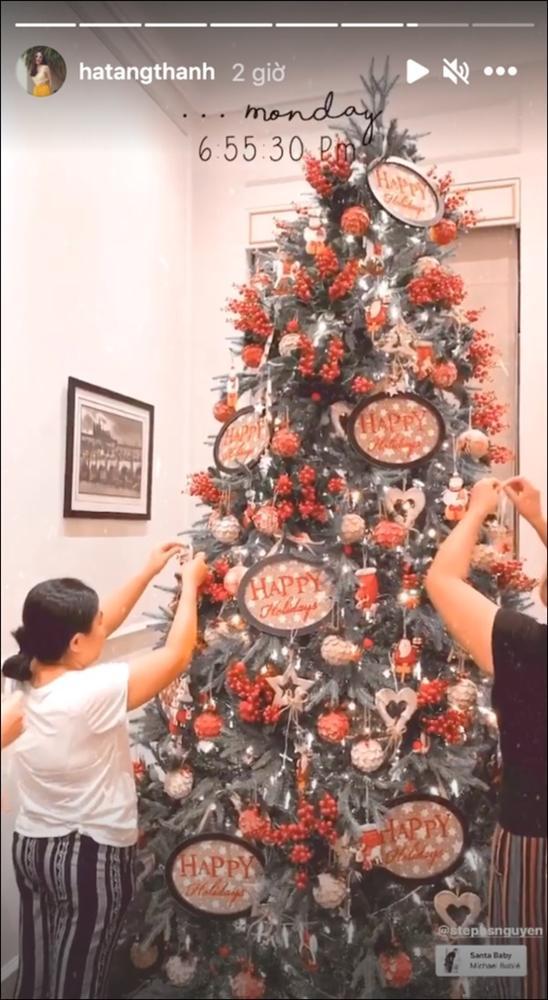 Sao Việt trang hoàng đón Giáng sinh: Đàm Vĩnh Hưng, Ngọc Trinhxa hoa khó ai sánh bằng,nhà Hà Tăng quá đỗi ấm áp,bình yên-7