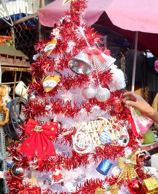 Mách bạn cách làm cây thông xinh lung linh đón Giáng sinh ý nghĩa và an lành-9