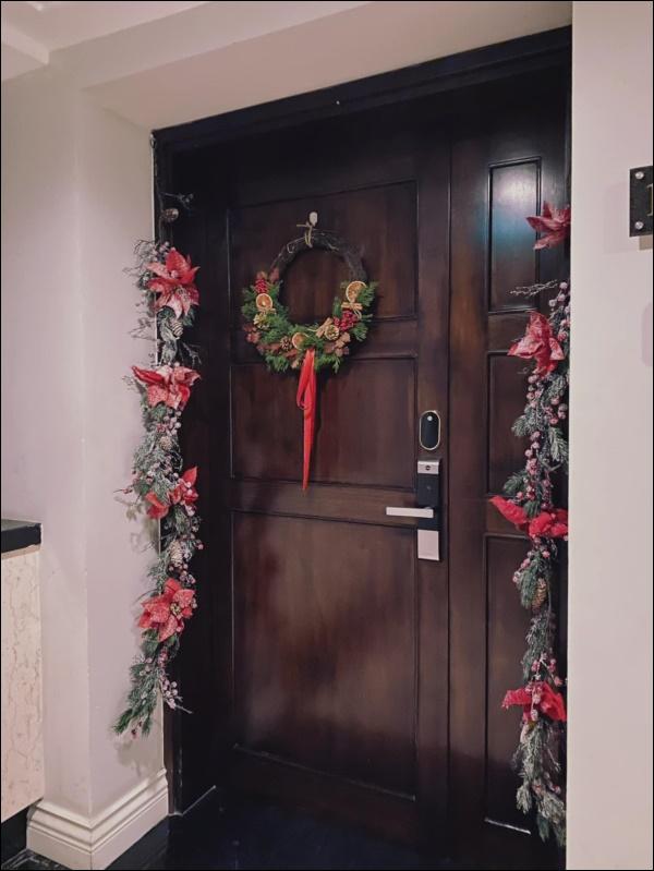 8 ý tưởng trang trí nhà cửa đẹp mê lycho ngày lễ Giáng sinh thêm an lành, ấm áp-12