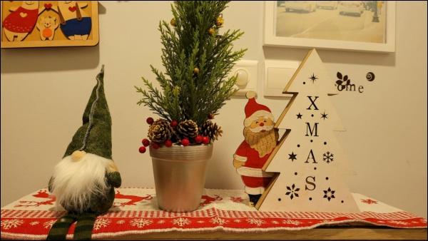 8 ý tưởng trang trí nhà cửa đẹp mê lycho ngày lễ Giáng sinh thêm an lành, ấm áp-13