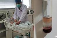 Đứa con 2 tháng tuổi cấp cứu vì ho liên tục, mẫu máu xét nghiệm có lẫn 'sữa bò' gây hoang mang, hé lộ sự thiếu hiểu biết của gia đình