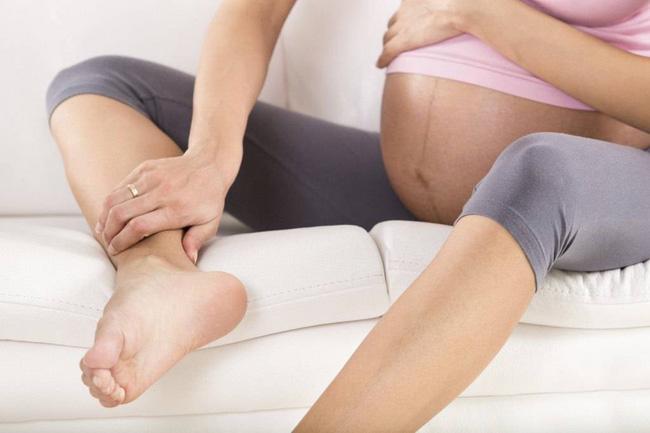 Không chỉ ốm nghén, hành trình mang thai còn khiến các mẹ đối mặt hàng loạt điều kinh khủng này-3
