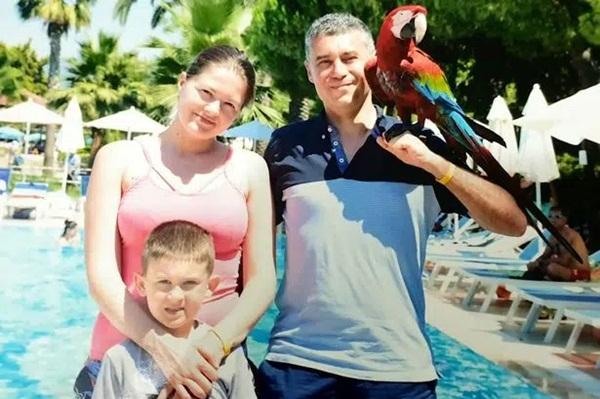 Vừa nghe tin mình mắc bệnh ung thư, bà mẹ tuyệt vọng tự sát cùng con trai, nguyên nhân sâu xa càng gây nhói lòng-3