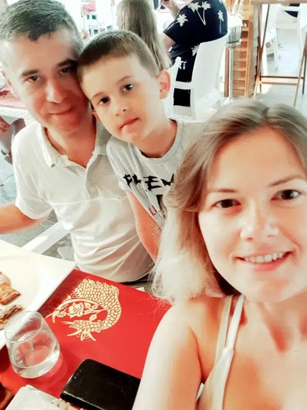Vừa nghe tin mình mắc bệnh ung thư, bà mẹ tuyệt vọng tự sát cùng con trai, nguyên nhân sâu xa càng gây nhói lòng-4
