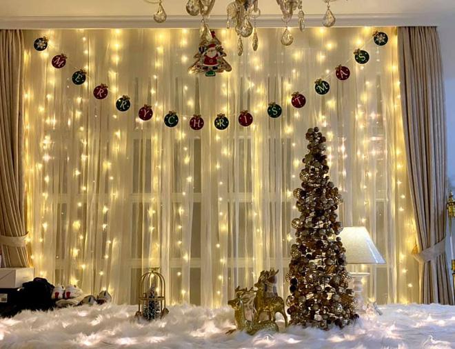"""Biệt thự 12 tỷ của Thúy Hạnh lên đèn đón Giáng sinh: Lộng lẫy và toàn góc sống ảo"""" như quán cafe, dàn sao Vbiz phải trầm trồ-6"""