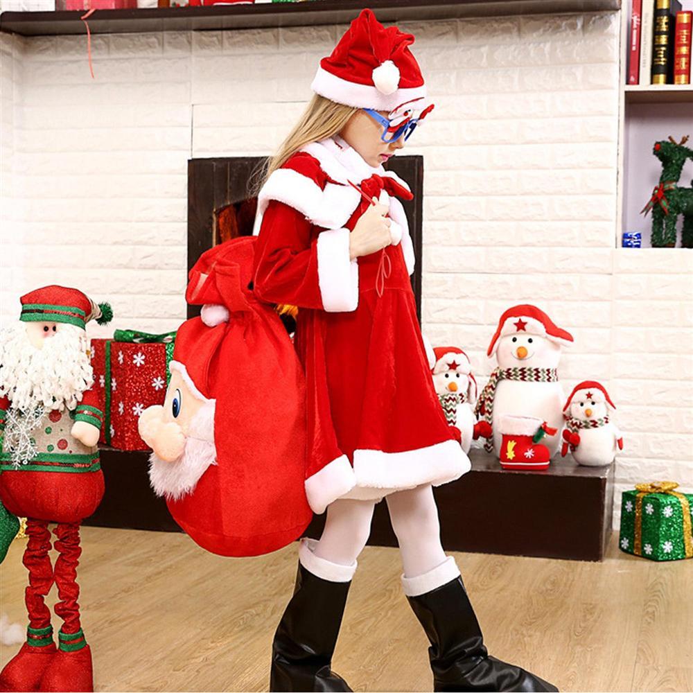 Gợi ý bạn cách chọn quà tặng Giáng sinh để mang hạnh phúc của mình lan tỏa tới những người thân-9