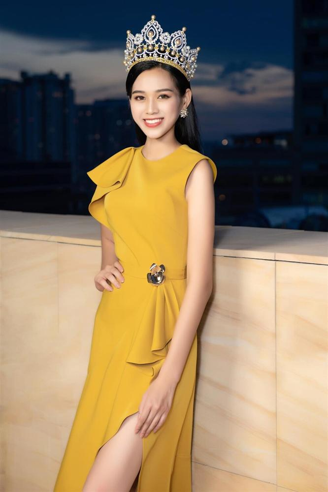 Đăng quang chưa lâu, HH Đỗ Thị Hà đã bị dí cho loạt váy áo kém đẹp vừa sến vừa lộ nhược điểm vóc dáng-8