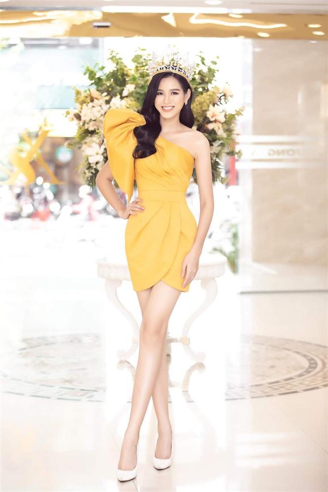Đăng quang chưa lâu, HH Đỗ Thị Hà đã bị dí cho loạt váy áo kém đẹp vừa sến vừa lộ nhược điểm vóc dáng-13