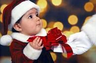 Gợi ý bạn cách chọn quà tặng Giáng sinh để mang hạnh phúc của mình lan tỏa tới những người thân