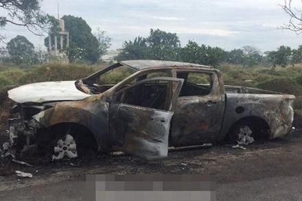 Giận vợ, người đàn ông châm lửa thiêu rụi chiếc ô tô