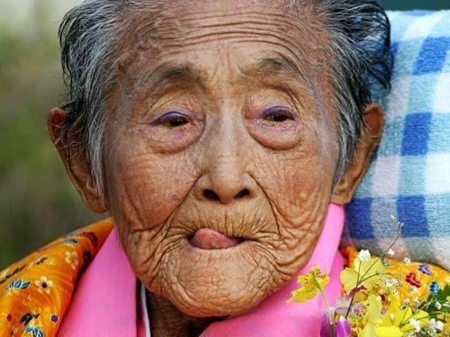 Ở Nhật có một ngôi làng sống thọ bậc nhất, bí quyết trăm tuổi của họ đến từ 5 món ăn mà Việt Nam có vừa nhiều vừa rẻ bèo-2