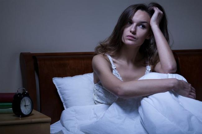 Thức khuya và làm thêm cả tuần, người phụ nữ suýt bị mù, tác hại của thức khuya nhiều hơn bạn nghĩ-2