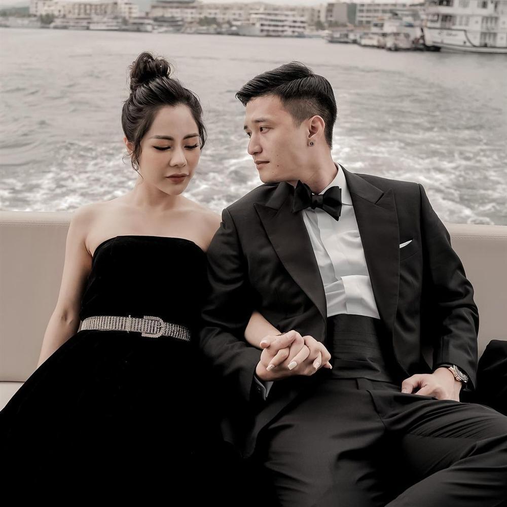 Hot mom yêu Huỳnh Anh lộ nhan sắc đời thực khác xa ảnh tự sướng-5