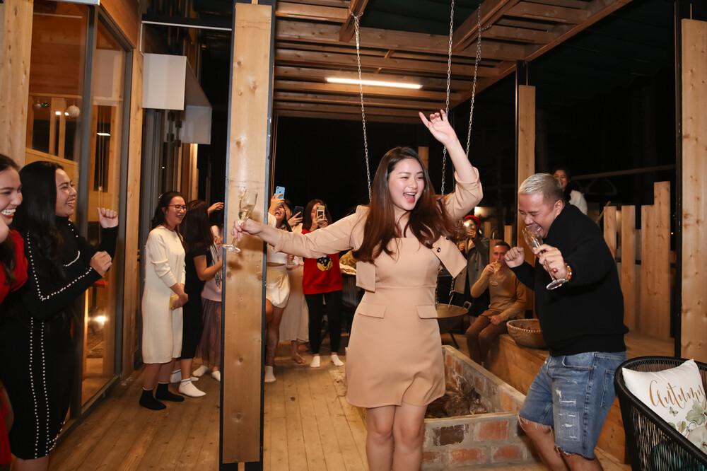 Giảm cân suýt thành công, Phan Như Thảo vẫn tự tin diện đầm bó sát-2