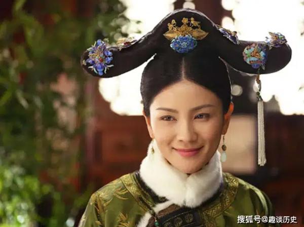 Chuyện về phi tần nhỏ hơn Hoàng đế 41 tuổi: Vừa nhập cung đã liên tục sinh 5 con trai, hậu bối của bà đều lên ngôi Hoàng đế nhà Thanh-1