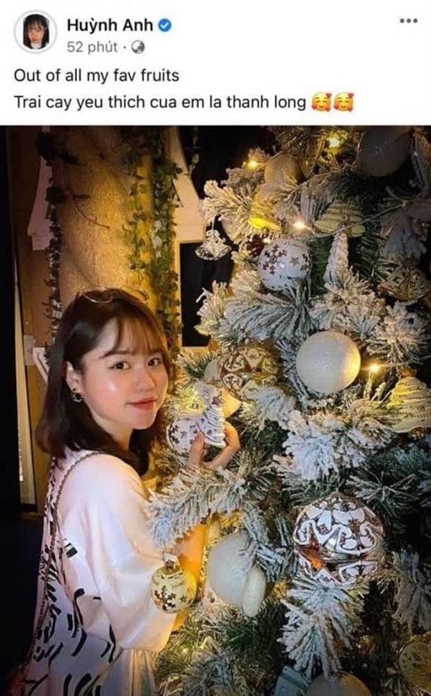 Huỳnh Anh - tình cũ Quang Hải khoe quà tặng đêm Giáng sinh, ngầm xác nhận đã có người yêu mới?-2