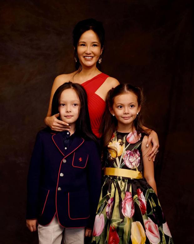 Cặp nhóc tỳ sinh đôi của Hồng Nhung: 8 tuổi thạo 3 thứ tiếng, được cho học toàn môn thượng lưu, xem học phí mỗi năm mà choáng-9