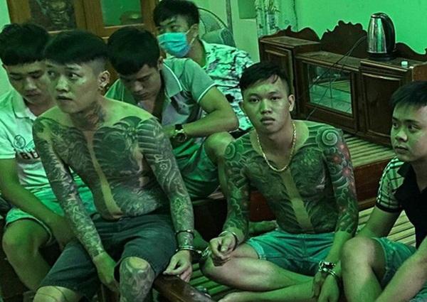"""Lộ bí mật động trời"""" của 2 anh em xăm trổ trong căn nhà đáng ngờ ở Đồng Nai-1"""
