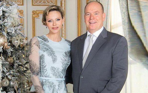 Vương phi Monaco lần đầu xuất hiện cùng gia đình chồng với mái tóc cạo nửa đầu, nàng dâu hoàng gia gốc Việt cũng góp mặt-5