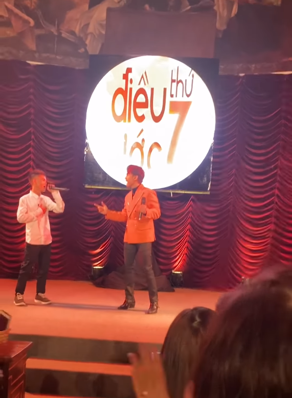 Cộng đồng mạng phát sốt vì hiện tượng đếm số Soytiet bất ngờ xuất hiện trên sân khấu Điều ước thứ 7, song ca cực đỉnh với ca sĩ Đan Trường-3